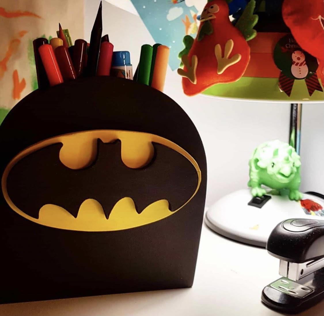 """Мастер-класс для детей """"Органайзер Бэтмен"""""""
